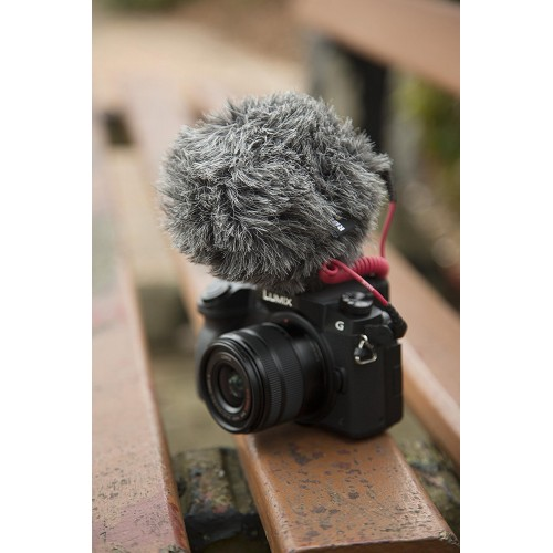 Rode VideoMicro Compact Cardioid Microphone for dSLR Camera, iPad, iPhone, Tablet, Smartphone